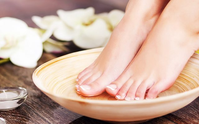 photo manucure beaute pieds callus peel rennes